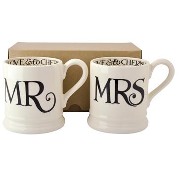 Black Toast Mr & Mrs 2 x Half Pint Mugs