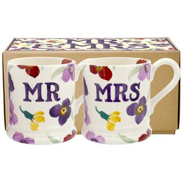 Mr & Mrs Set of Two ½ Pint Mugs