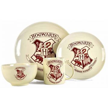 Hogwarts Crest 4 Piece Dinner Set