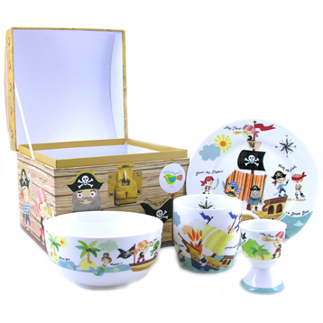 Queens Little Rhymes Pirates 4 Piece Breakfast Set
