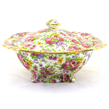 Summertime Covered Serving Dish